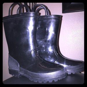 Kids rain boots size 13 EUC